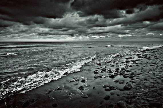 storm-desktop-background