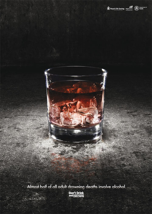 Royal-life-saving-drowning-deaths-in-vodka-creative-unique-advertisements