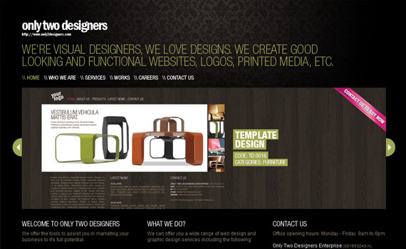 Only-two-designers-looking-textured-websites