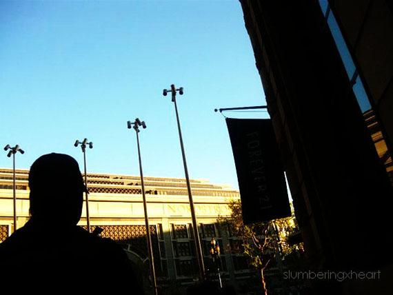 Silhouette_by_slumberingxheart