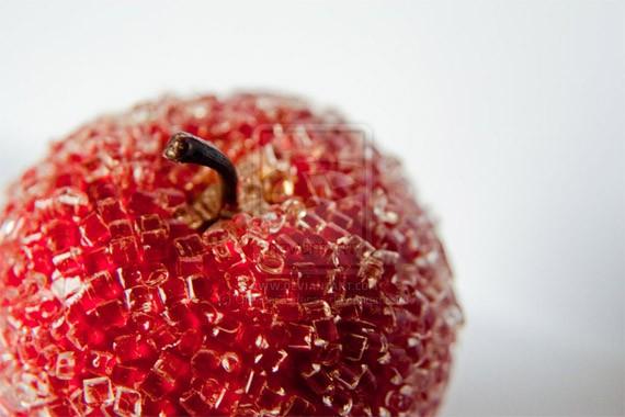 artwork-05-an-apple-2