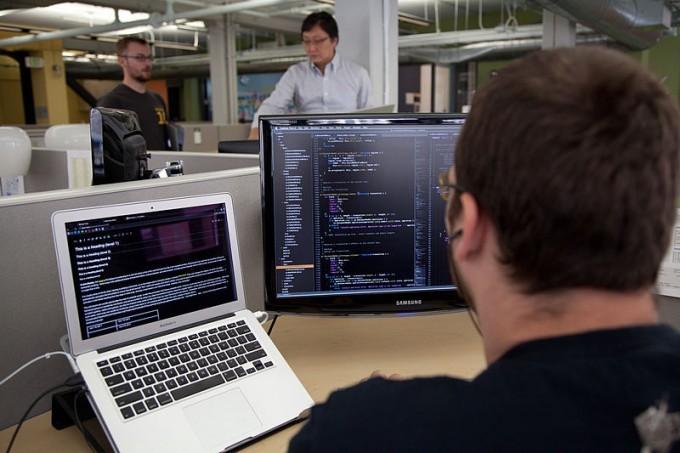 should-web-designers-learn-code-04
