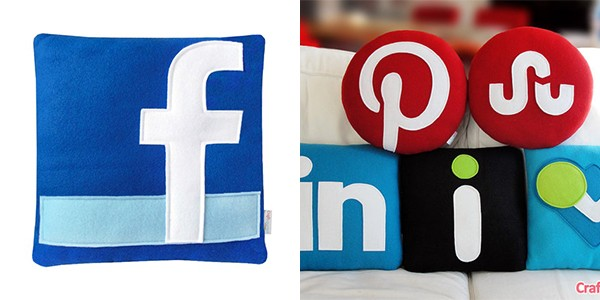 077-social-media-pillows